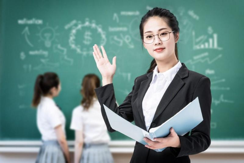 giáo viên tiếng Nhật - công việc phù hợp với thực tập sinh về nước